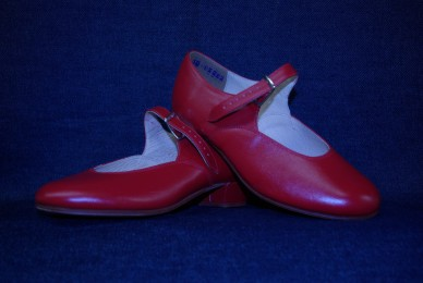 Ukrainian - Red Character shoes - Avriel International